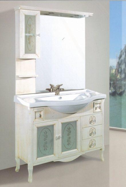 arredo bagno classico | ninocco arredamenti - part 2 - Arredamento Classico A Napoli